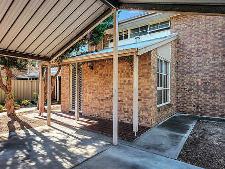 Townhouse - 2/21 Port Road,...