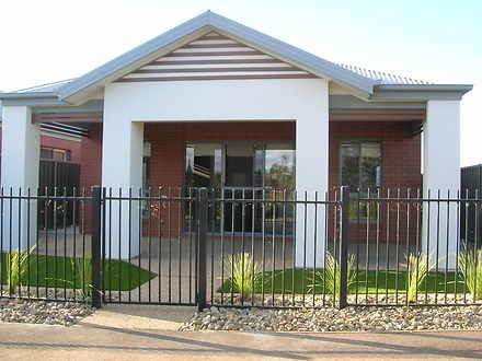 Yarrawonga 3730, VIC Townhouse Photo