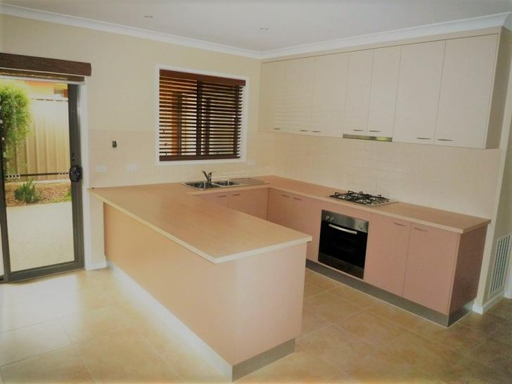 Townhouse - 4/378 Cambourne...