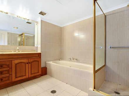 73c7d95925f47c4845a9d52d 12348 bathroom 1522128913 thumbnail