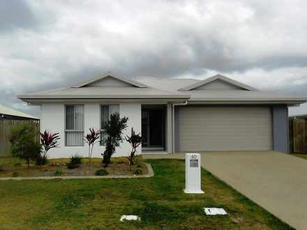 House - 40 Beach Oak Drive,...