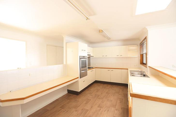 05 kitchen 1523243381 primary