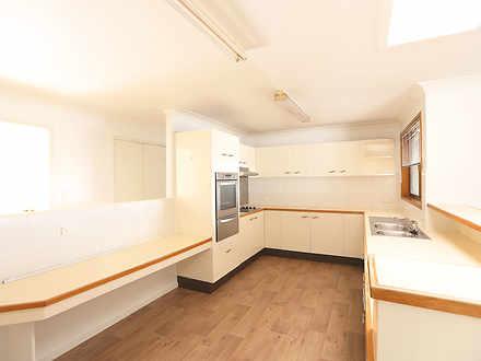 05 kitchen 1523243381 thumbnail