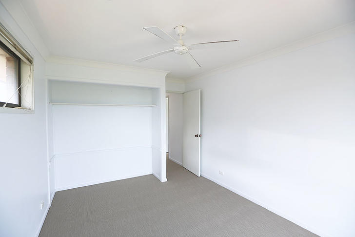 15 3rd bedroom 1523243381 primary