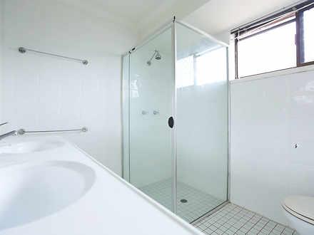09 ensuite bathroom 1523243381 thumbnail