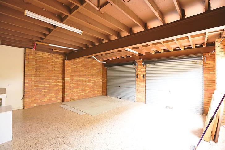 21 garage 1523243382 primary