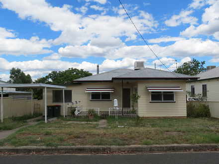 House - 7 North Avenue, Qui...
