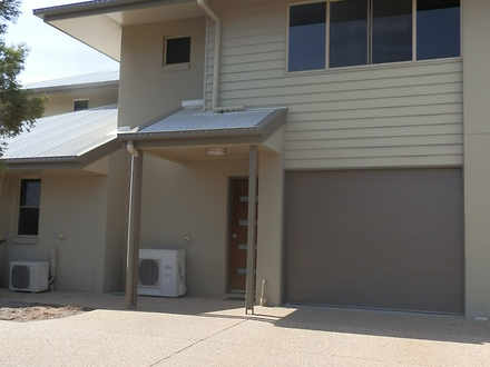 Townhouse - 2/2 Guy Street,...