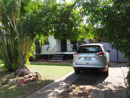 House - 6 Wallace Street, D...