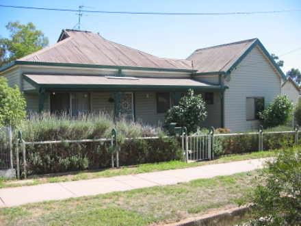 House - 21 Wombat Street, Y...