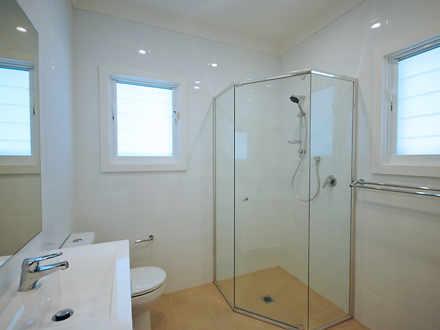 C79ee4f13a9e6cb4bb9d388f 25320 bathroom web 1524712301 thumbnail