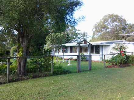 House - 29 Gilcrest Road, R...