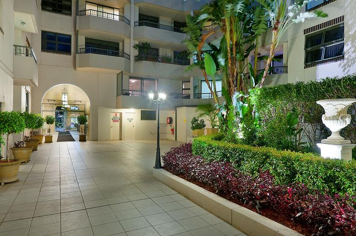 Courtyard 65 1526274810 primary