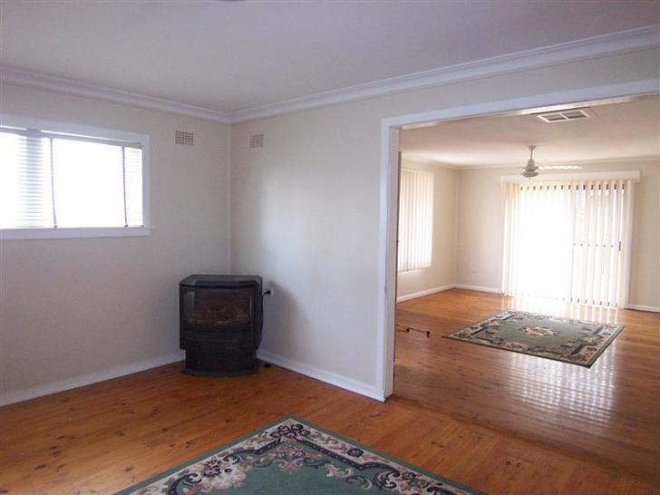 15 Richards Street, Cootamundra 2590, NSW House Photo
