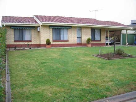 House - 13 Banksia Crescent...