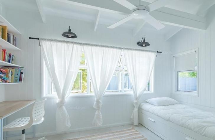 Bedroom 1527145411 primary