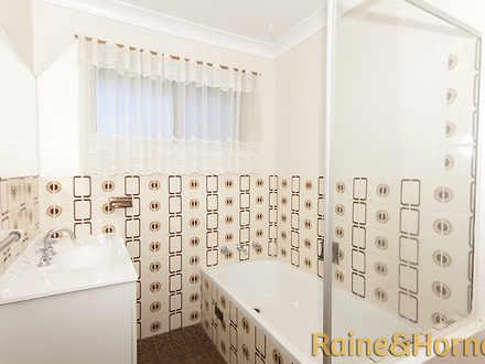 90ad6d69f15b76efb3202761 1433387486 5770 condonplace18 bathroomcompass 1527188544 thumbnail
