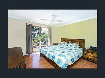 C02829cdc1095e2212b7ef9e 4735 bedroom1 1527232426 thumbnail