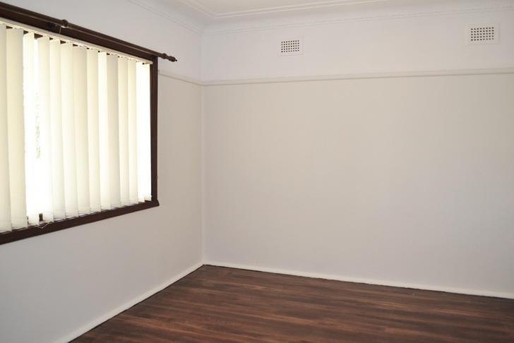 5ad455de2ded99e382601746 9751 bedroom1 1584677684 primary