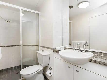 190b9cf791522a0095ec5cb2 10990 bathroom 1527754664 thumbnail