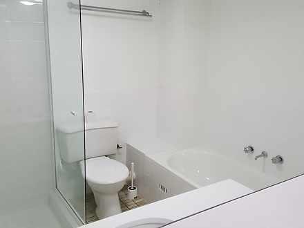9e2cad20661a401eb9b415fa 25910 bathroomweb 1584819502 thumbnail