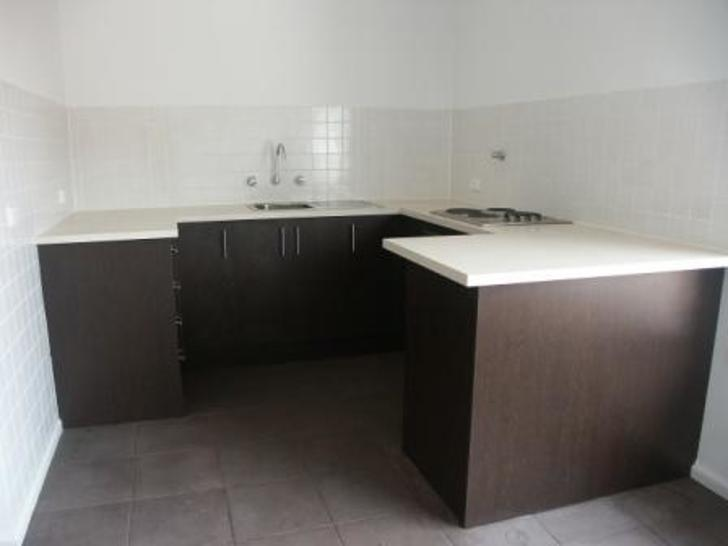 A58e93f5e8e7461451fa33a8 31196 327noordenne kitchen 1595222269 primary