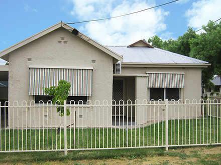 House - 1/22 Crocker Street...