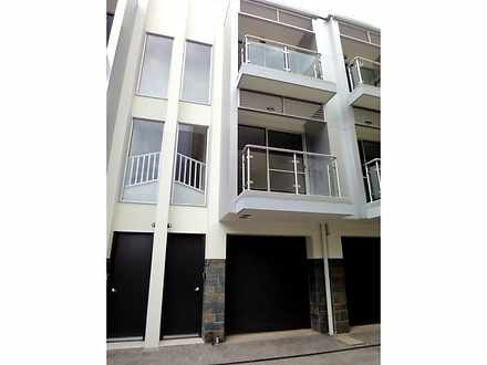 Townhouse - 5/152 Gray Stre...