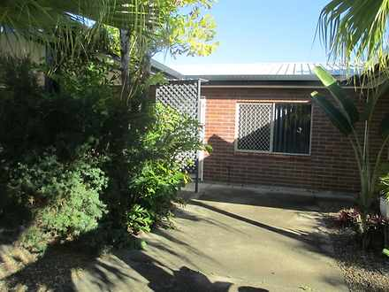 House - 4/65 Newhaven Stree...