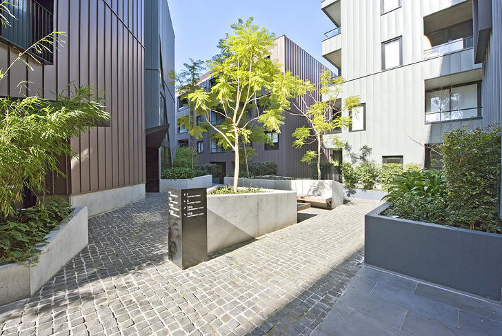 009 open2view id472200 201 380 queensberry st 1528779281 primary