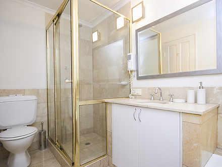 D2a070b0b9b0a6d0f550ccb6 20044 bathroom 1528876162 thumbnail