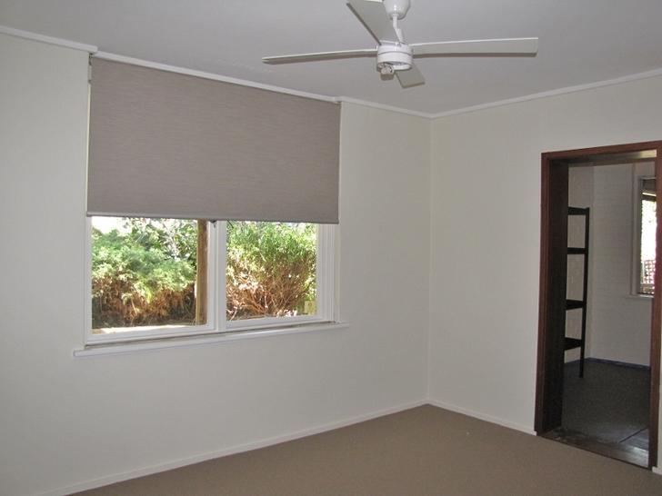 Bedroom 1   joining storage 1528945206 primary