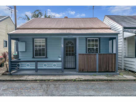 House - 76 Wilson Street, C...