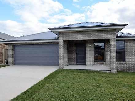 House - 68 Basalt Drive, Ke...