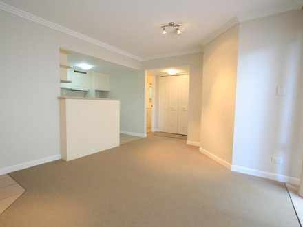 Apartment - 6/96 Stanhill D...
