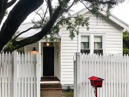 House - 8 Woodbine Street, ...