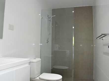 F3b449daae4e26e3ecad74fe 1432255889 23810 bathroom 1529547597 thumbnail