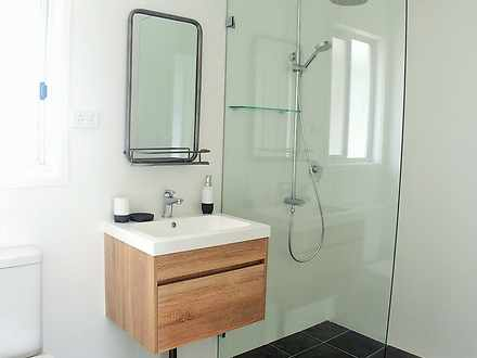 10fb6539b0add84c0b33b1ab 12352 bathroomtop 1593433362 thumbnail