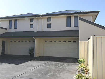 Townhouse - 3/251 Findon Ro...