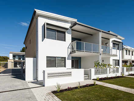 Front of apartments 1530269492 thumbnail