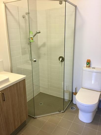 Ensuite shower 1530269513 primary