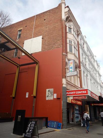 Apartment - 136A Collins St...