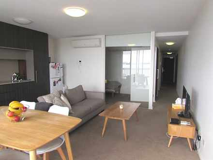 Apartment - 9.4 / 242 Flind...