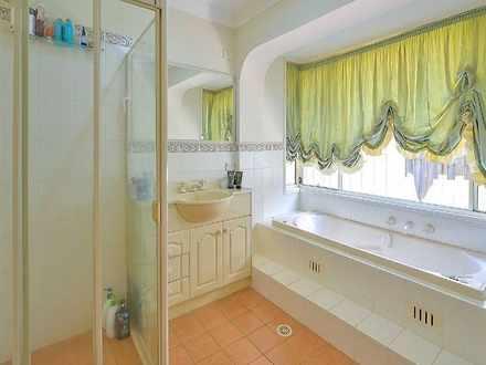 3e11217aca19ab6cacaa7dde 31932 bathroom 1531420569 thumbnail