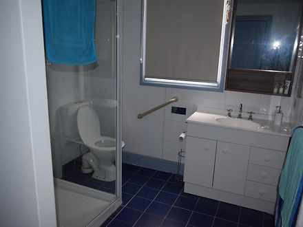 7e800c9c9d7985f150216737 22783 bathroom 1531466288 thumbnail