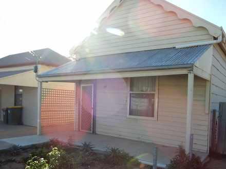 House - 48 Revell Street, P...