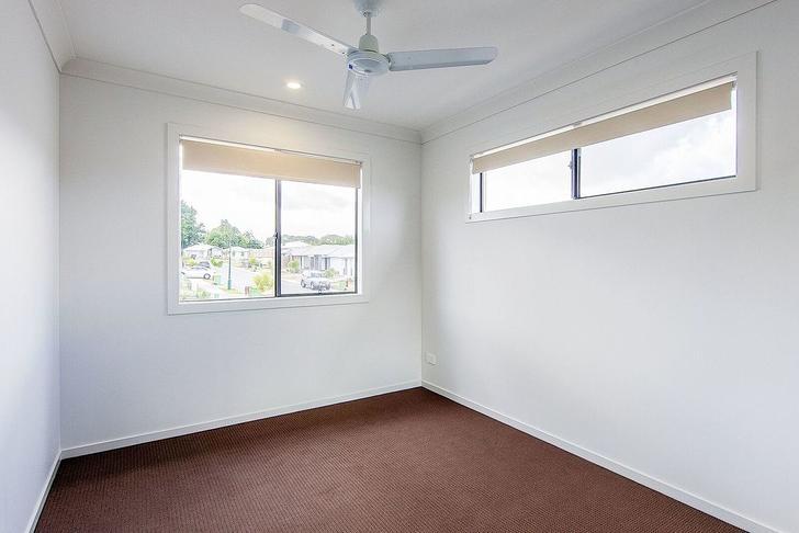 95 Napier Circuit, Silkstone 4304, QLD House Photo