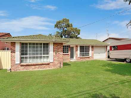House - 53 Pinehurst Way, B...