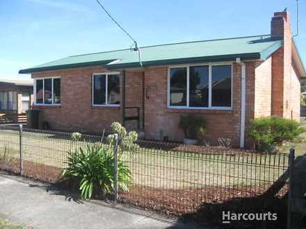 House - 59 Adelaide Street,...