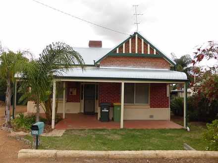 House - 202 Wellington Stre...